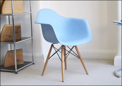 Charles Eames plastic chairs: DAW light blue