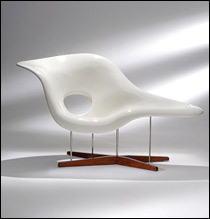 La Chaise designed for the 1948 Competition for Low-Cost Furniture Design